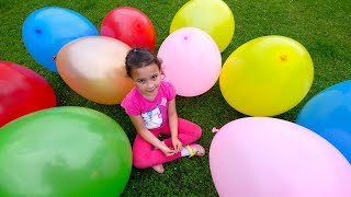 Baby Learn Colors with Giant Balloons Kids Have Fun with Color Balloon Play & Learn Colours