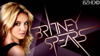 Britney Spears- Womanizer (LIVE VOCALS) great.mp4