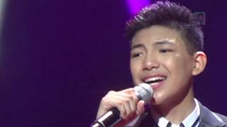 DTE Concert Darren singing Home