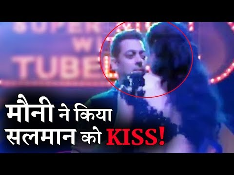 Xxx Mp4 VIDEO Mouni Roy Almost Kissed Salman Khan 3gp Sex