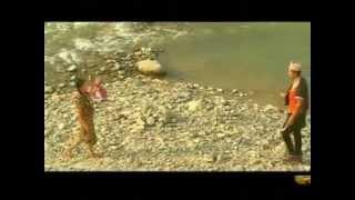 Aadhi Khola Urlera Ayo आँधीखोला उर्लेर आयो - Raju Pariyar & Bima Kumari Dura