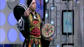 شاهد.. ابداع «عبد الله حنفي» فى رقص التنورة على الطبلة فى صباح البلد