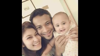 Shakib al Hasan and Sisir Fast Selfie and Fun with their Sweet Baby