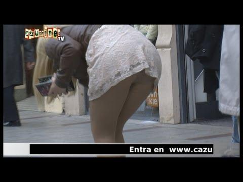 CÁMARA OCULTA Con bragas y a lo loco ¡¡Qué culo en CAZURRINES TV