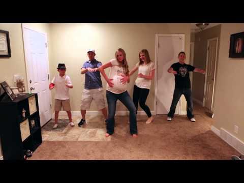 Xxx Mp4 Belly Bump Rap Song Pregnant Mom Parody Dance Music Video 3gp Sex