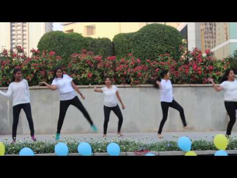 Xxx Mp4 Girls Awesome Performance On Pawan Kalyan Song 3gp Sex