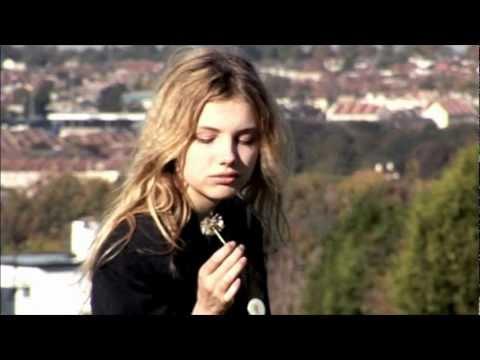 Aderbat - Pale Drone (Audio)