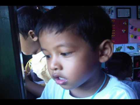 Pameran Hasil Karya Anak  TK KB Teruna Bangsa Seturan.wmv