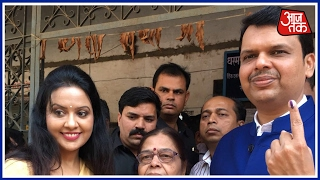 BMC Elections 2017 Live Updates: Maharashtra Chief Minister Casts His Vote In Mumbai