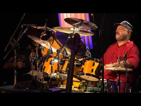 Soul Sacrifice Dennis Drum Solo Santana Live At Montreux 2011 Blu ray 1080p