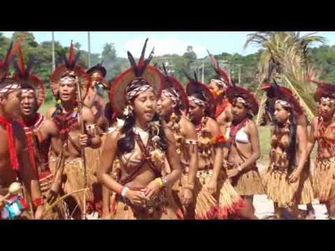 Jogos indigenas Pataxós de Aldeia Velha 29.04 2010.wmv