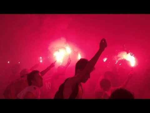 Ruas de Fogo Inter Santos 2012 chegada do onibus