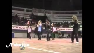 El cholo juanito bailando electro