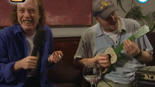 Stefan Raab vs. Angus Young von ACDC - TV total