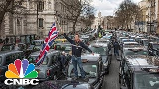 London Is Going Back To The Dark Ages: Carnegie Mellon Professor On Uber Decision | CNBC