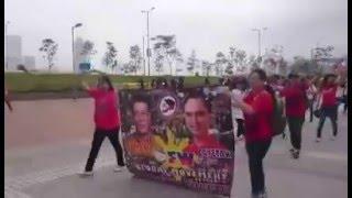 Duterte Supporters vs Mar roxas Supporters in Hongkong