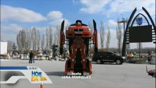 Empresa turca cria carro que se transforma em robô