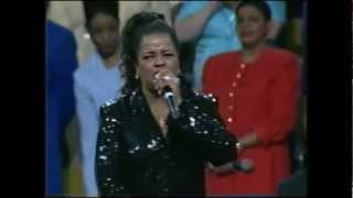 Shirley Caesar- Sweeping Through The City (LIVE)