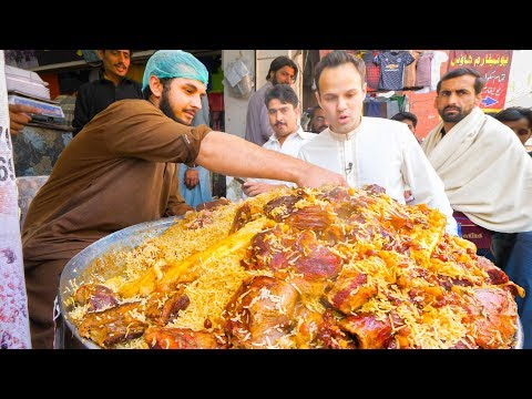 Xxx Mp4 Street Food In Peshawar GOLDEN PULAO Mountain Charsi Tikka Kabab Pakistani Street Food Tour 3gp Sex
