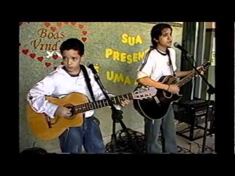 Luan Santana o gurizinho Canta COMO ANJO em Jaraguari