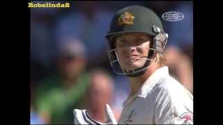 Shane Watson getting out LBW heaps, *LONG VERSION* 15 minutes of incompetence.