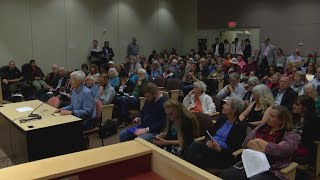 Hundreds speak out against proposed science curriculum changes