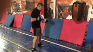 Бокс: как правильно бить по боксерскому мешку. 10 принципов работы по груше.
