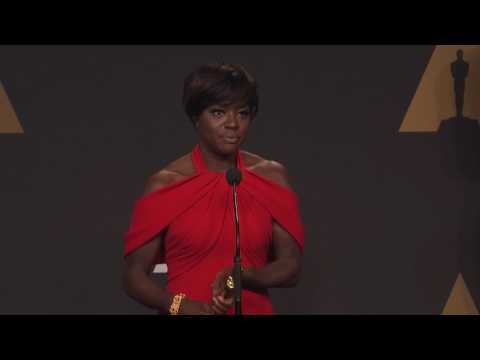 """Viola Davis """"Fences Best Supporting Actress Oscars 2017 Full Backstage Interview"""