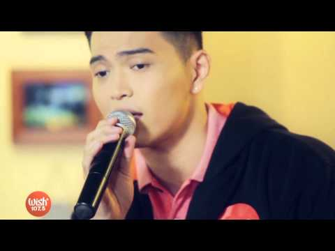 Daryl Ong sings