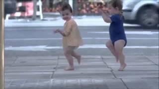 EVİAN Bebek dansı