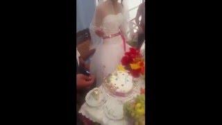 عريس يضرب عروسته فى حفل الزفاف امام الجميع [ جديد 2016 ]