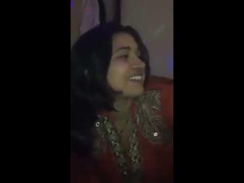 Pakistani girl abusing shayari
