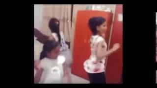 Hot Scene of three Sri Lanakn Girls!