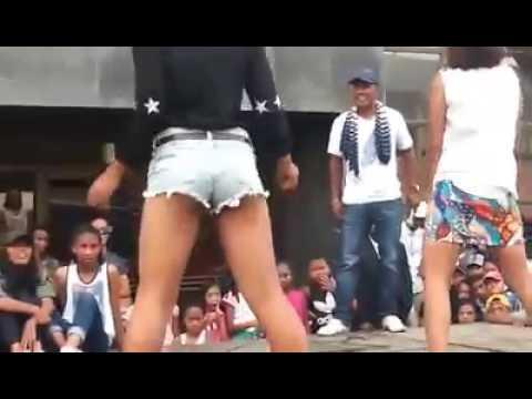 Xxx Mp4 Twerk Gasy Decembre2016 Braderie De Madagascar 3gp Sex