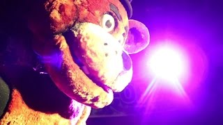 REAL LIFE FREDDY FAZBEAR ATTRACTION! + MEETING SCOTT CAWTHON!!