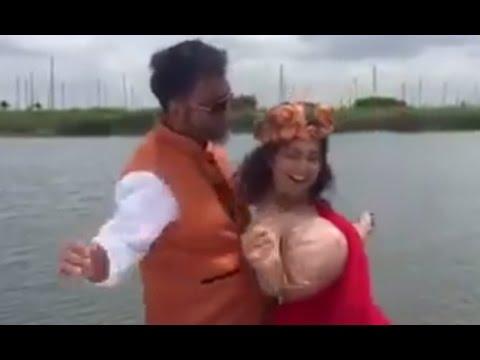 অভিনেত্রী আশনা হাবিব ভাবনার Hot Dance