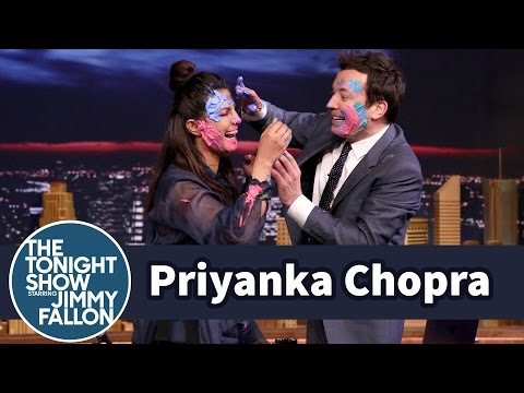 Xxx Mp4 Priyanka Chopra And Jimmy Celebrate Holi With A Messy Paint Fight 3gp Sex