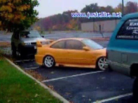 這招要學 路邊停車車格太小也要給他停下去 前驅車適用