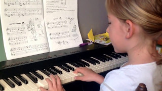 EARLY IN THE MORNING piano course book 2 ( Penelope)