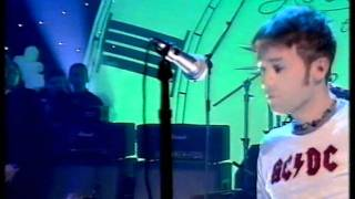 Blur - Song 2 live new year's eve 1997