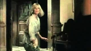 Dempsey & Makepeace - S01E09 Scene 2