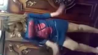 رقص منزلي هايجه اوي   YouTube