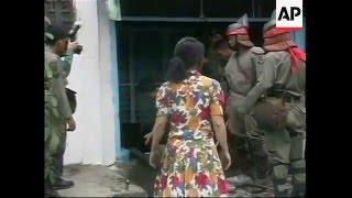 1998 - CINA HAMPIR MATI DIBAKAR DALAM RUMAH
