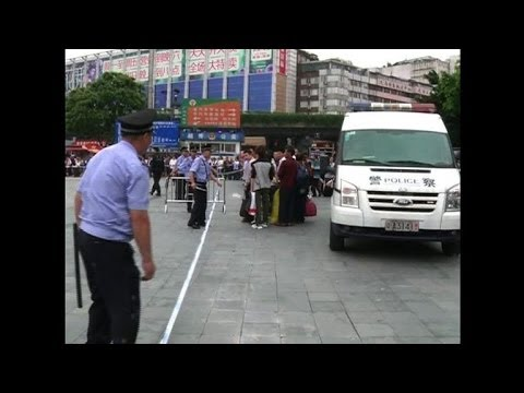 Chinese police: Six wounded in knife attack at train station