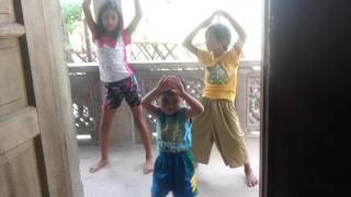hula hoop dance kids MALABON HIGH WAY