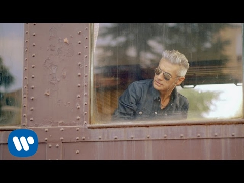 watch Ligabue - Made in Italy (Official Video)