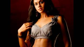 Karthika Nair hot collection