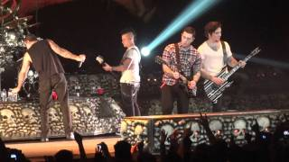 Avenged Sevenfold - with guest singer Da Kurlzz from Hollywood Undead