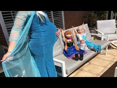 Xxx Mp4 Elsa Y Anna Muñecas Grandes Y La Visita Sorpresa De Mamá En Casa De Bebé Nenuco Lola Y Hermanas 3gp Sex