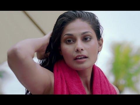 Vir Das has a facebook friend in the pool | Go Goa Gone